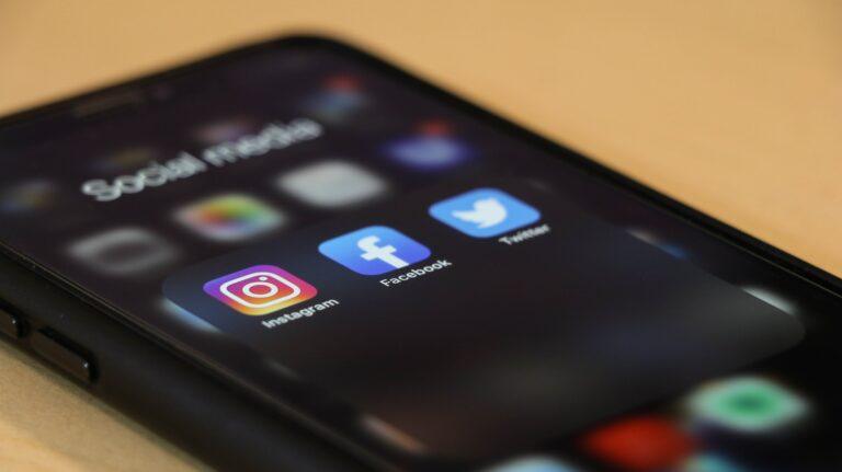 Social Media - Facebook, LinkedIn, Twitter